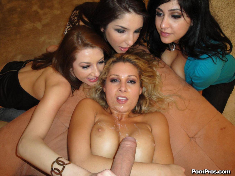 Сиськастая тусовщица Natalie Vegas принимает громадный член в свою побритую вагину