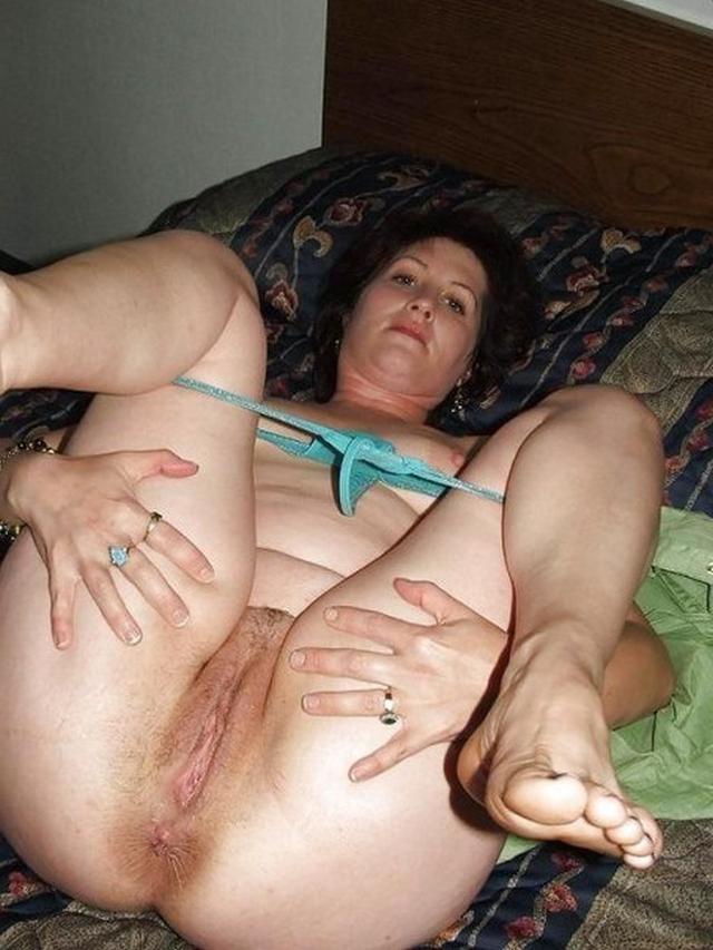 Подборка обнаженных влагалищ мамаш