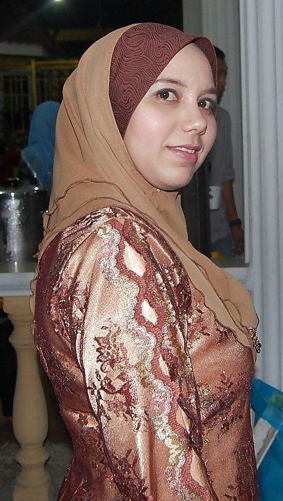 Девушки-арабки могут показывать свое тело постоянно – им нечего стесняться, поэтому они полностью раскованы