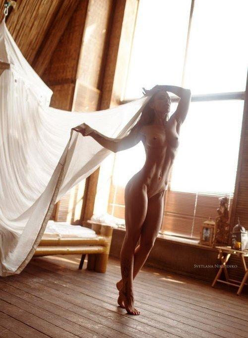 Подборка фото обнаженных девах которые не против фотографировать свою грудь
