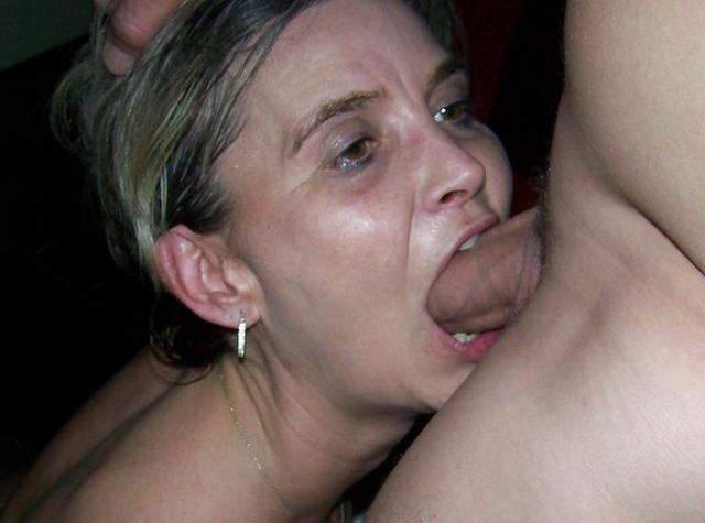 Раздетые тёлки желают сношаться в любом возрасте глубоко в рот и не только