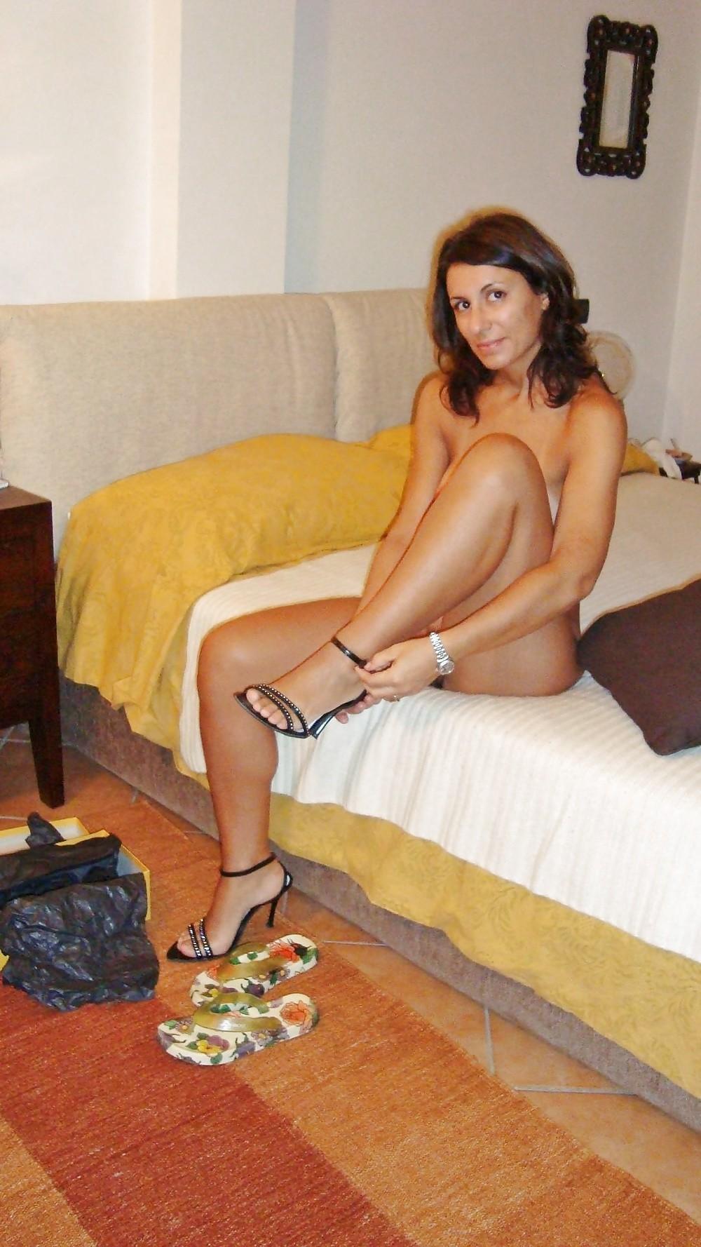 Ню фото милой итальянской особы женского пола
