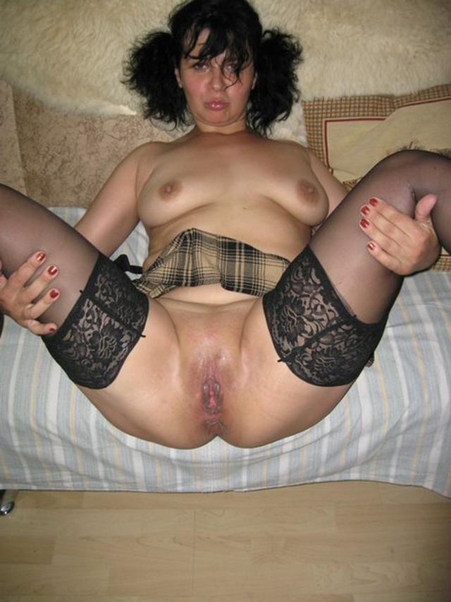 Девки показывают свое сексуальное белье фото порно