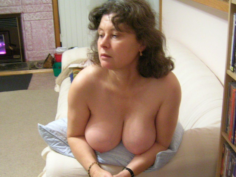 Классический секс со опытной женушкой