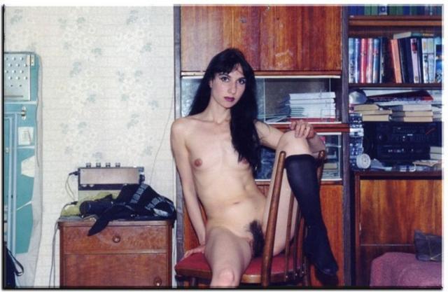 Мохнатые промежности красивых мамаш порнофото